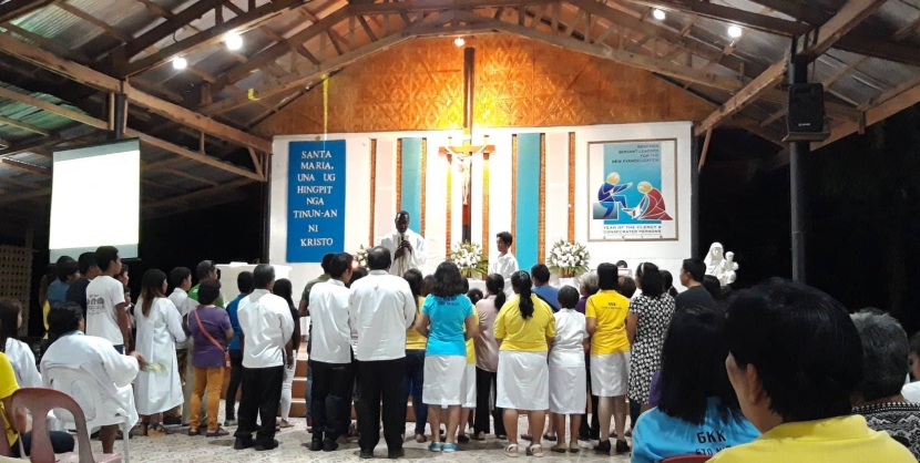 Marists in the Philippines celebrate the Feast of the Holy Name of Mary
